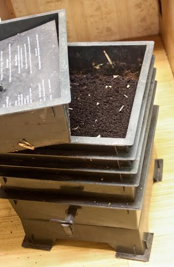 Vermicomposting is a great way to get great garden compost by using earth and red wiggler worms. We'll give you the scoop on getting started~The HomesteadingHippy #homesteadhippy #fromthefarm #gardening