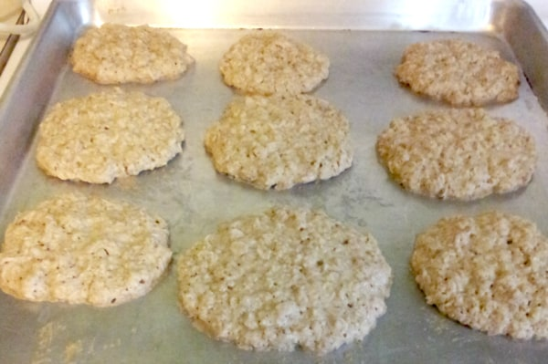 Soft chewy sugar cookies, with less sugar? Sign me up! Try these soft and chewy sugar cookies today! The HomesteSoft chewy sugar cookies, with less sugar? Sign me up! Try these soft and chewy sugar cookies today! The Homesteading HippySoft chewy sugar cookies, with less sugar? Sign me up! Try these soft and chewy sugar cookies today! The Homesteading Hippy