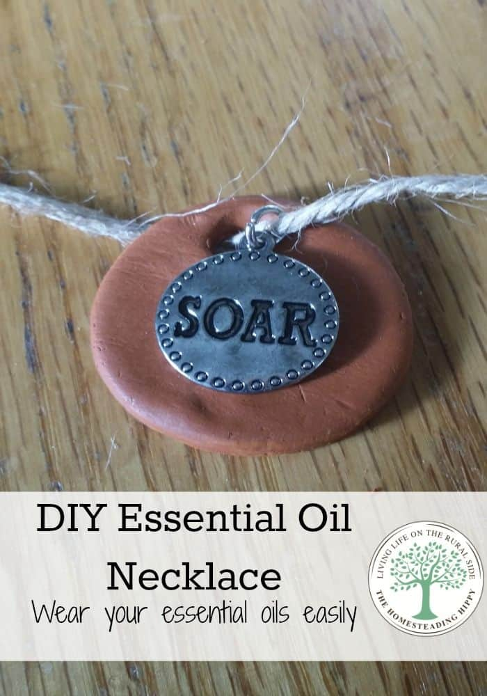 essential oil necklace vertical