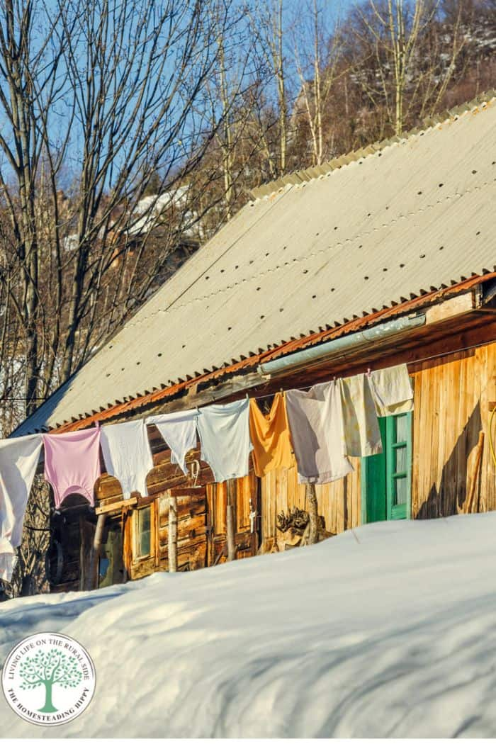 laundry on line in winter