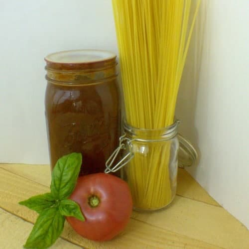 How to make and can homemade spaghetti sauce for all your pasta recipes!