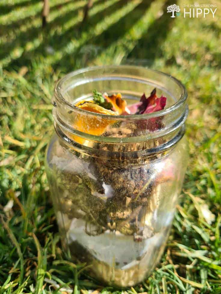 dry glass clippings in mason jar